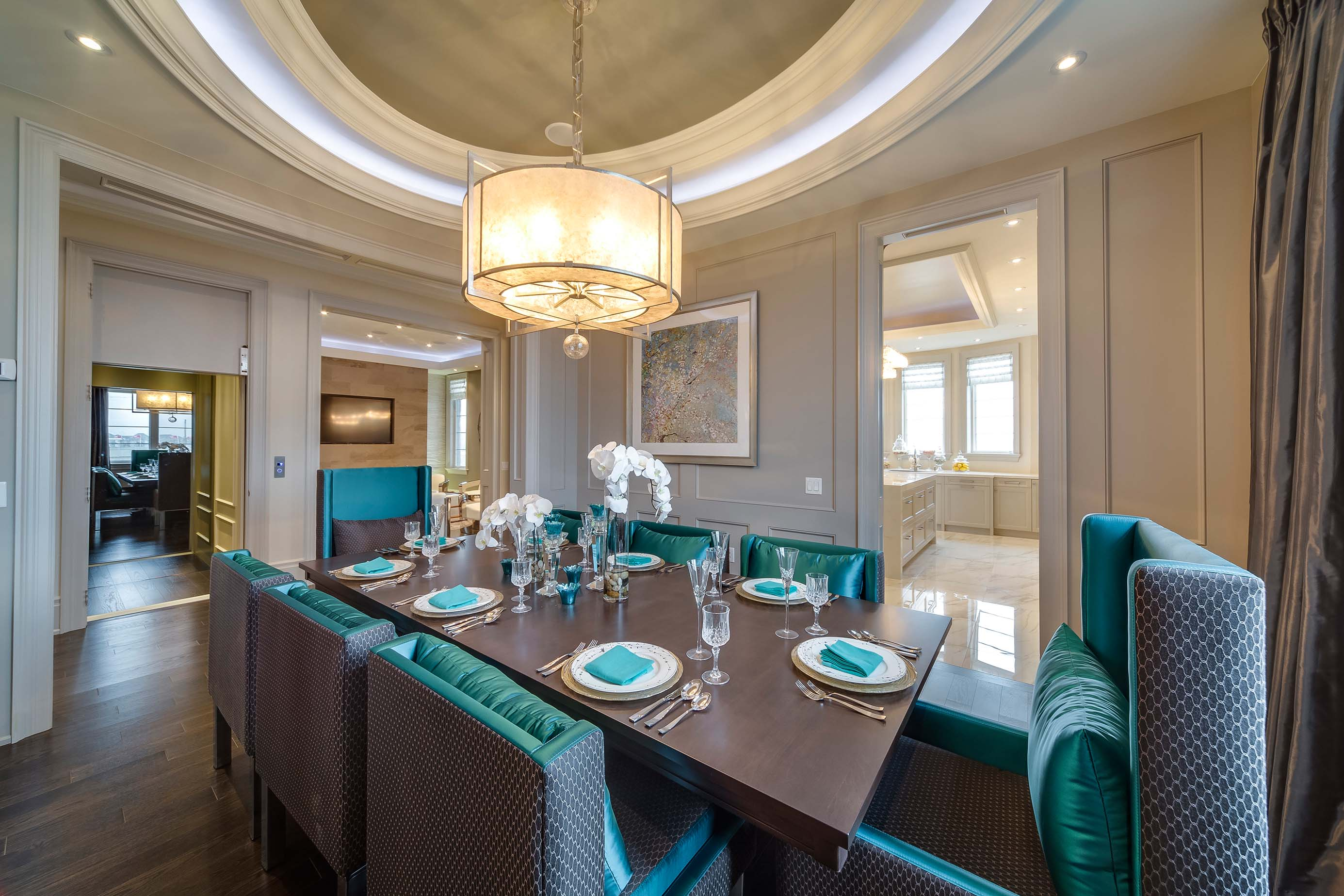 The Latest Trends In Dining Room Lighting