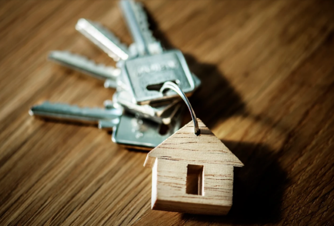 how interest rates affect home values